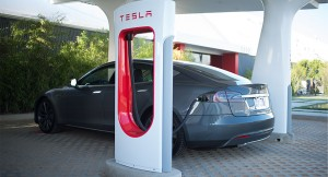 Tesla Supercharger / © Tesla Motors